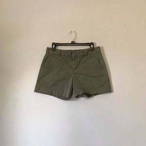 3/$20❤️ CALVIN KLEIN JEANS shorts in army green